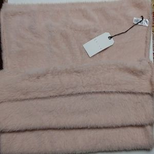 Leith pink scarf/wrap with pockets